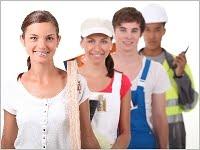 Ab wann sollte man eine Berufsunfähigkeitsversicherung abschließen, wenn die Kinder später keinen Bürojob ausüben wollen? Grafikquelle: colourbox.com