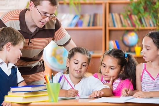 Eine Berufsunfähigkeitsversicherung mit Dienstunfähigkeitsklausel für Lehrer.
