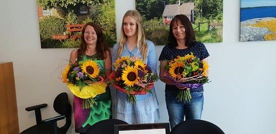 Blumen für die Mitarbeiterinnen vom IGVM-Vorstand